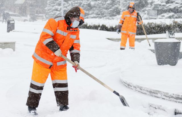 4 вакансии по уборке снега на оьбектах (автобанах) NRW с проживанием
