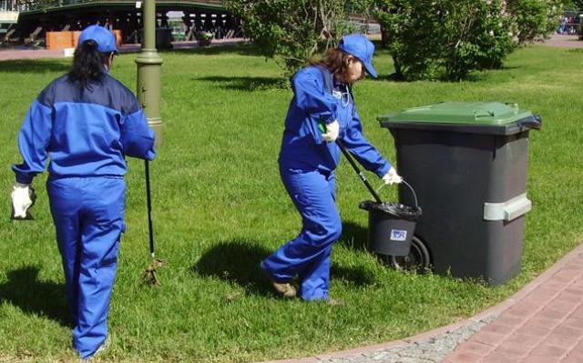 На постоянную работу требуются уборщики территории жилого комплекса в г. Halle.