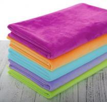 На фабрику по изготовлению тканей требуются швеи с опытом работы.