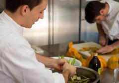 Ищем помощника повара с опытом работы в Мангейм